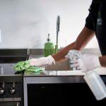 Vergessen Sie nicht, diese Bakterien-Hotspots in Ihrem Büro zu reinigen!